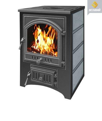 Печь — камин Везувий ПК — 01 талькохлорит с плитой 12 кВт дверка 205
